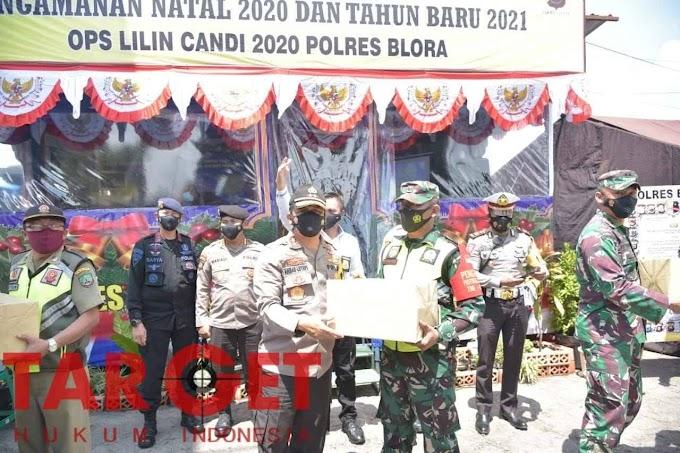 Jelang Tahun Baru 2021, Kapolda Jateng Tinjau Perbatasan Cepu - Jawa Timur