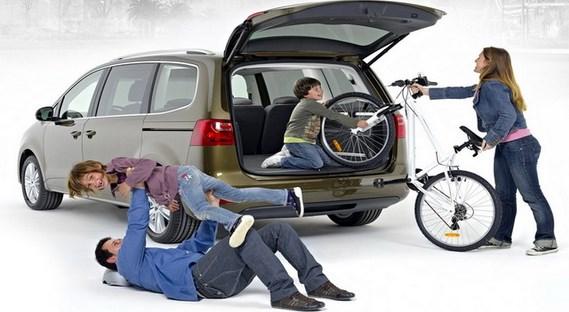 Kiat Memilih Mobil yang Cocok untuk Keluarga Kecil