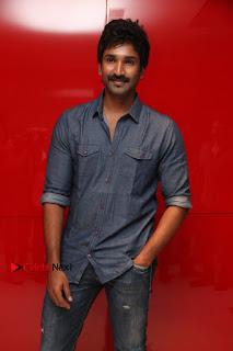 Maragadha Naanayam Tamil Movie Audio Launch Event  0006.jpg