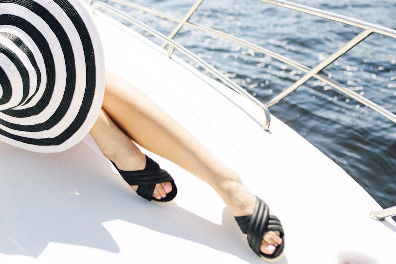 летняя обувь шлепанцы