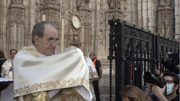 Las hermandades sacramentales de Sevilla intensifican la actividad durante el mes de mayo y junio