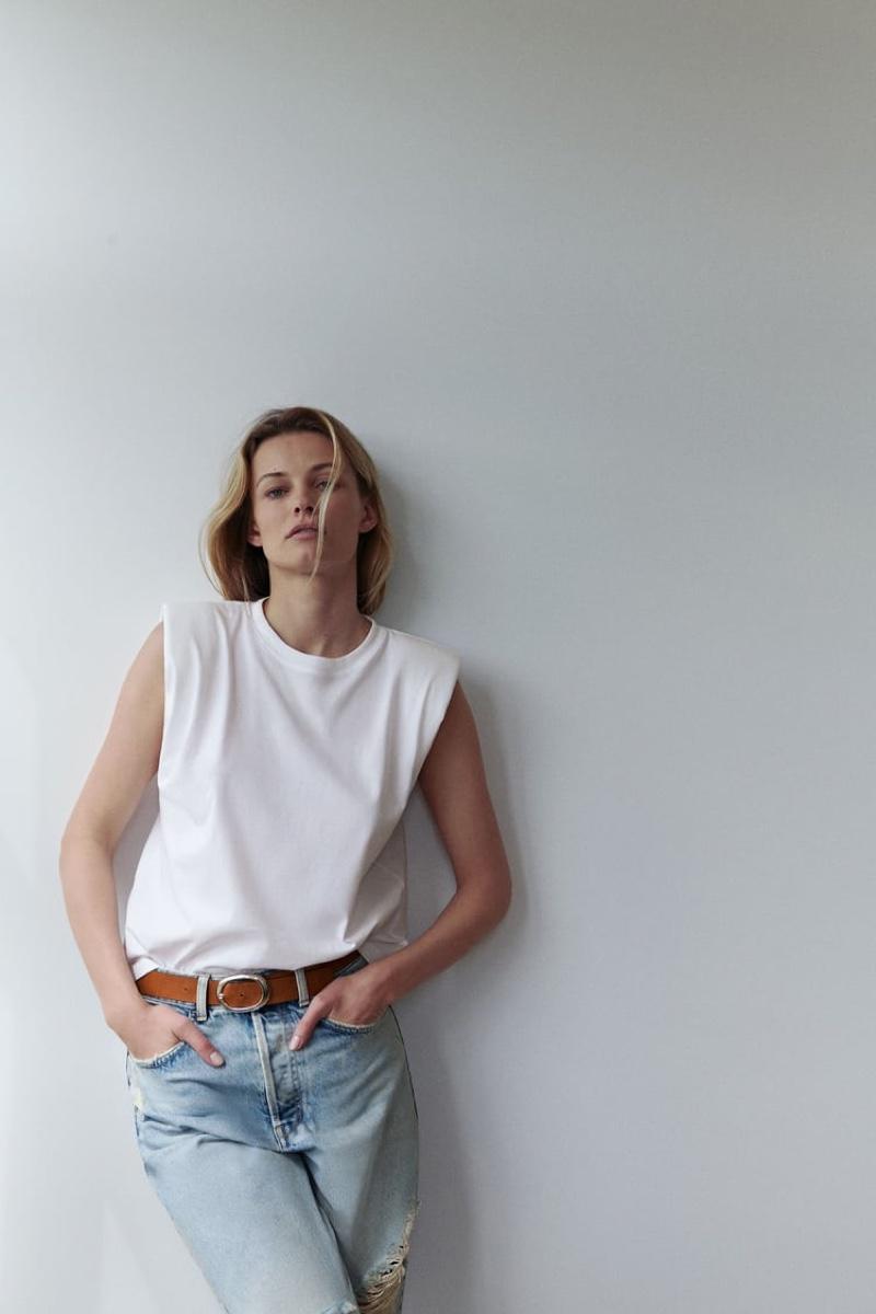 Edita Vilkeviciute poses in Zara spring-summer 2020 arrivals.