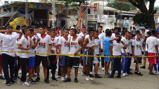 estudiantes-incodelca-deportistas