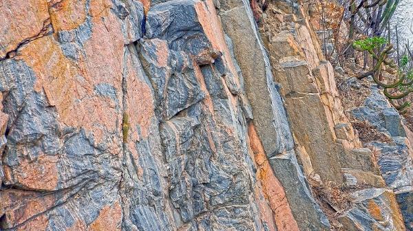 granito-montagna-edilizia-rivestimento