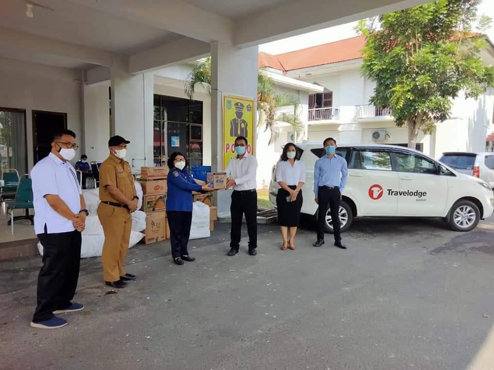 Travelodge Hotel Memberikan Bantuan Kepada Nakes dan Pasien Covid-19 di Asrama Haji