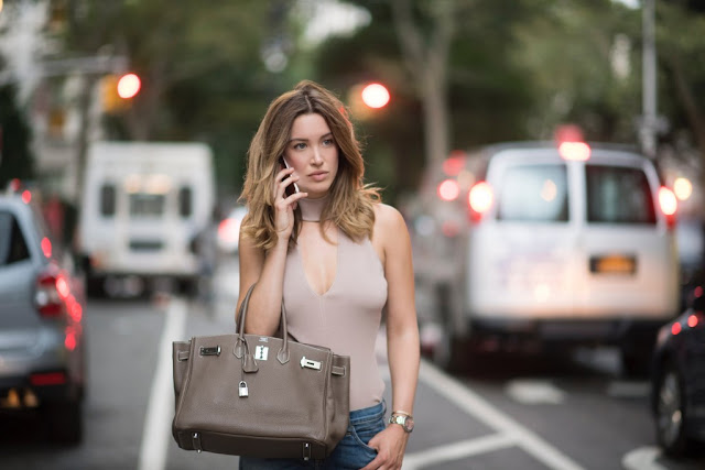 Actress Melissa Bolona in The Year of Spectacular Men hot