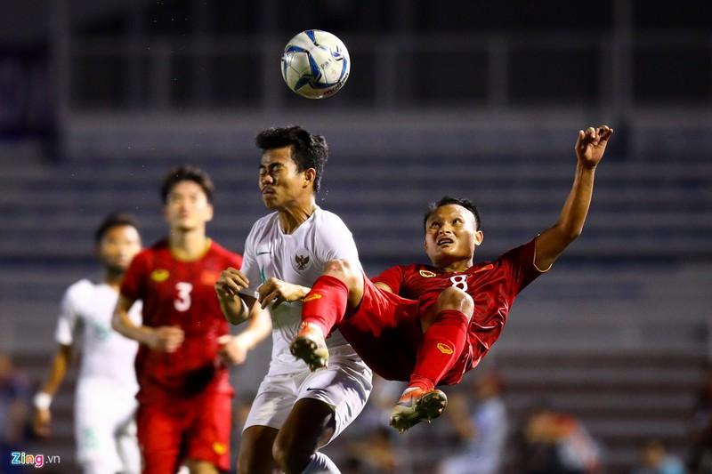 Trái bóng chính thức được sử dụng tại môn bóng đá SEA Games 30 cũng do một thương hiệu Nhật Bản là Molten sản xuất. Còn đối thủ trong trận chung kết đêm nay của U22 Việt Nam, Indonesia sẽ ra sân trong bộ trang phục do Nike tài trợ.