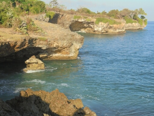 hugger-mugger exactly slap-up spot called the Jimbaran Panorama Point or Honeymoon Beach Jimbaran Panorama Point (Honeymoon Beach) inwards South Kuta, Bali