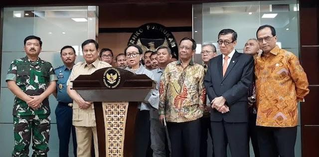 Uji Ketegasan, Gurubesar UI Tantang Prabowo Cs Gelar Rapat Di Atas Laut Natuna Utara