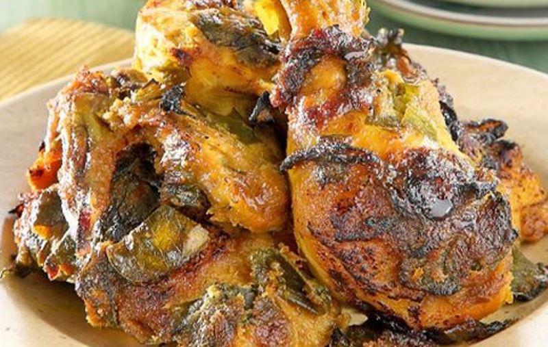 Membuat Ayam Bakar Aroma Nikmat, Sahur Pun Jadi Bersemangat