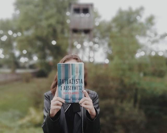 """""""Ktokolwiek ratuje jedno życie, jakby cały świat ratował""""   Tatuażysta z Auschwitz - Heather Morris"""