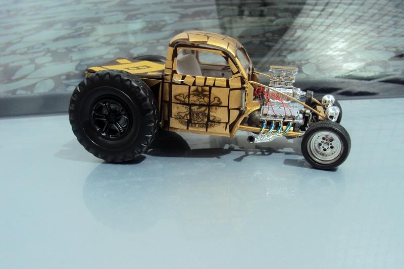 Pick-up Willys 41 Novas Roas de Trator DSC05705