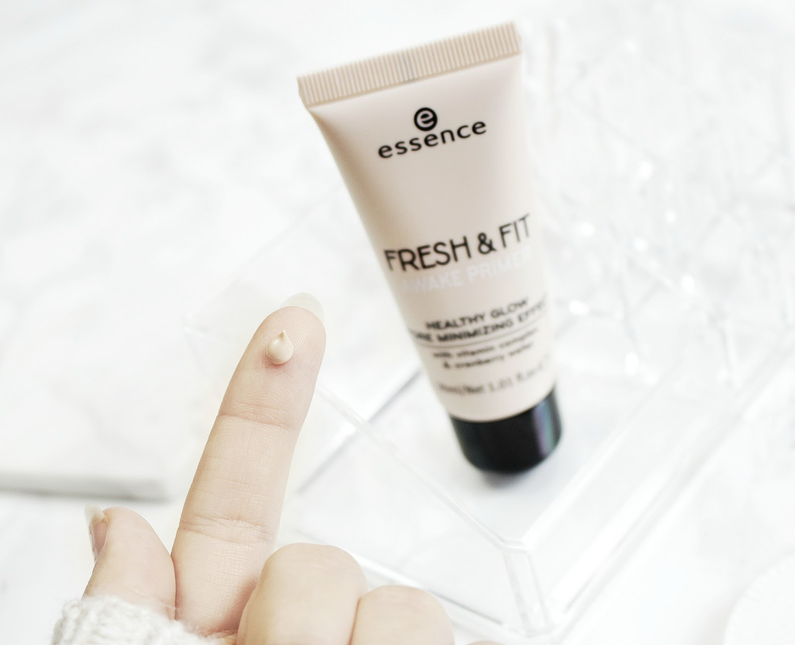 Essence Fresh And Fit Primer Swatch