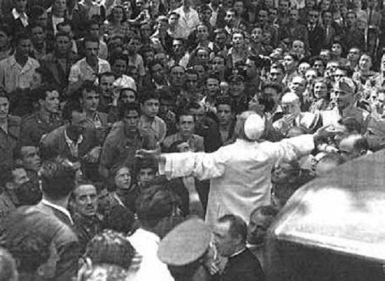 19 luglio '43, Roma bombardata e confortata da Pio XII