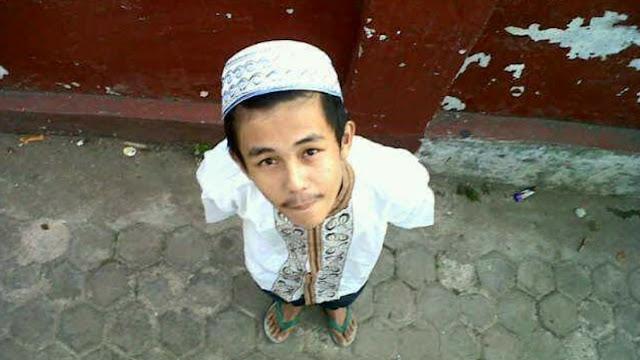 Penusukan Syekh Ali Jaber, Ibu Pelaku Sebut Anaknya Pernah Berobat ke RS Jiwa
