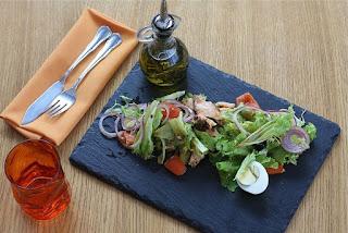 Minyak zaitun untuk salad