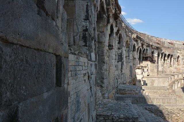Arena Nimes roman walls