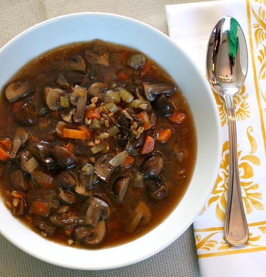 mushroom farro soup