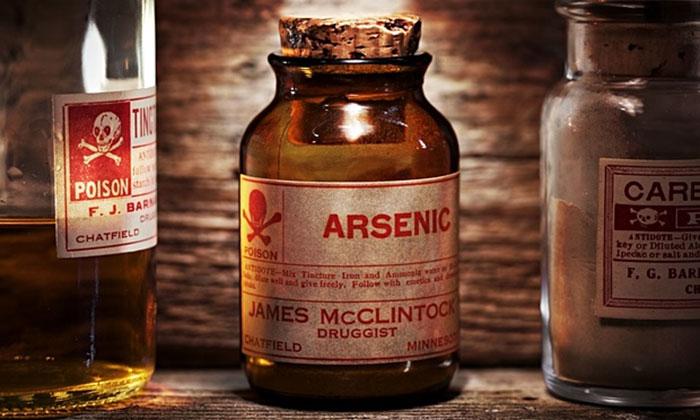 racun arsenik