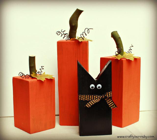 Halloween DIY, easy fall decorations, wood pumpkins, primitive pumpkins, wooden black cat, Halloween, Fall, black cat, 4x4 pumpkins