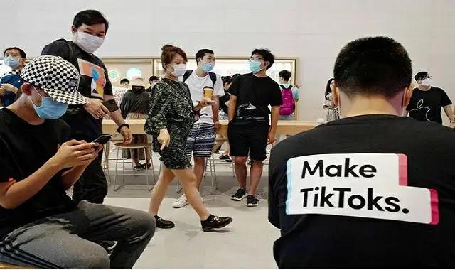 TikTokأصبح فيروسيًا ومشاركًا