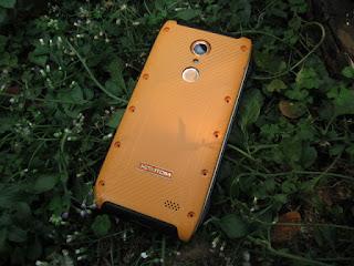 Hape Outdoor Android HOMTOM HT20 Pro 4G LTE RAM 3GB IP68 Certified Fingerprint