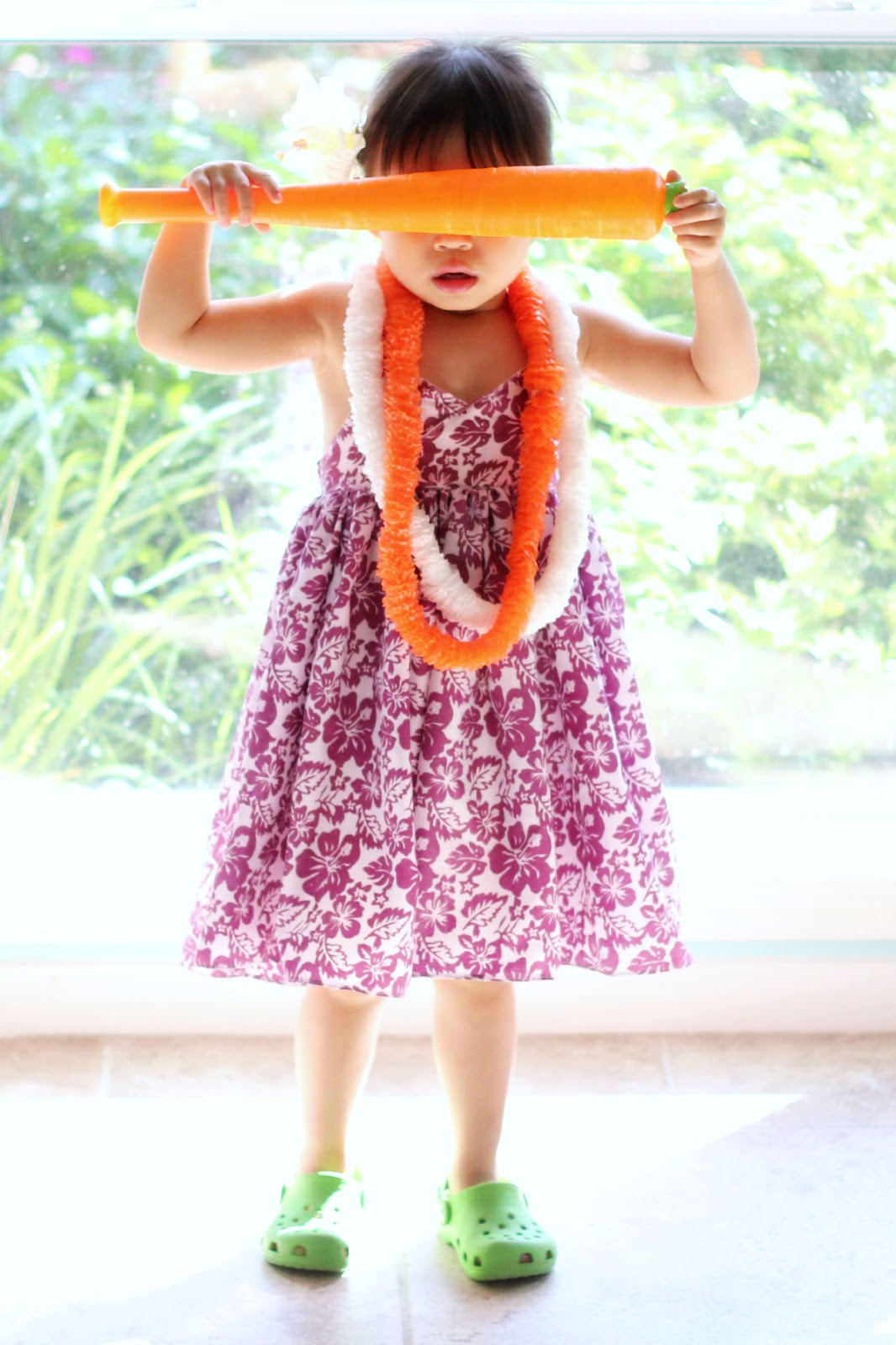 a53915eb7368d Peaches and Bees: Hawaiian Halter Dress for Little Momo