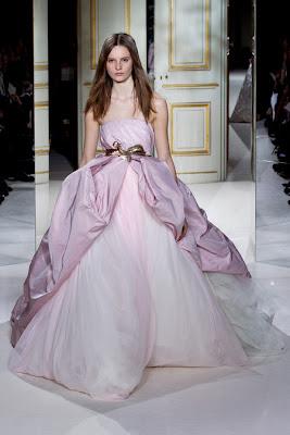 Runway report paris haute couture fashion week for Couture vs haute couture