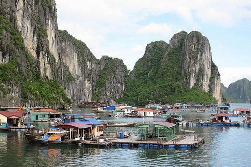 10 ngôi làng nổi trên khắp thế giới 1