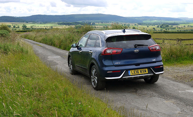 Kia Niro rear view
