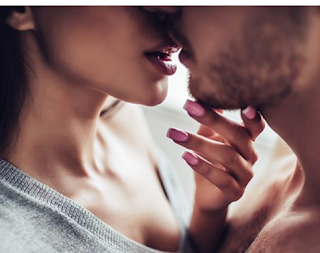 kissing -habit- among- cheating- partners- changed