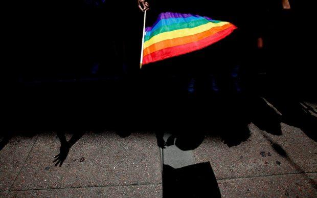 LGBT dan Perzinaan Eksis, Indonesia Makin Sakit