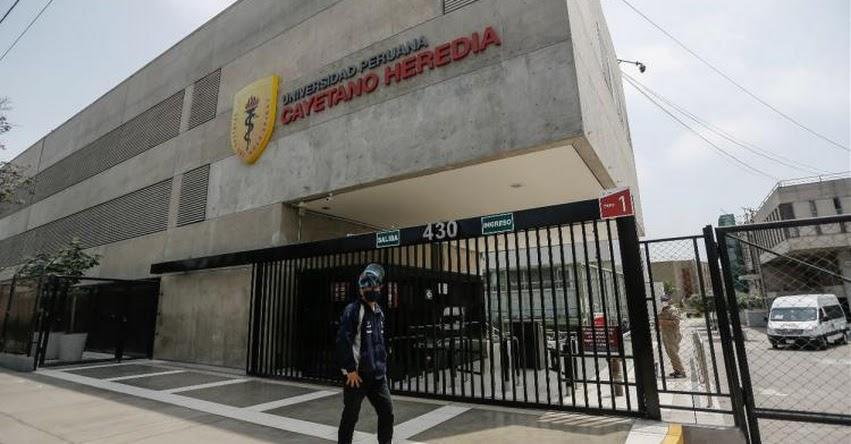 UPCH: Egresados y alumnos de la Universidad Cayetano Heredia exigen la renuncia del rectorado