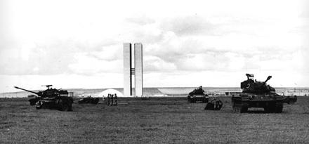 O vírus comunista ☭ se junta ao Corona Vírus para deixar o Brasil terra arrasada - preparada para o golpe