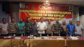 Tujuan Kami ke Papua Barat Bukan Mengawasi Tapi Menyalami