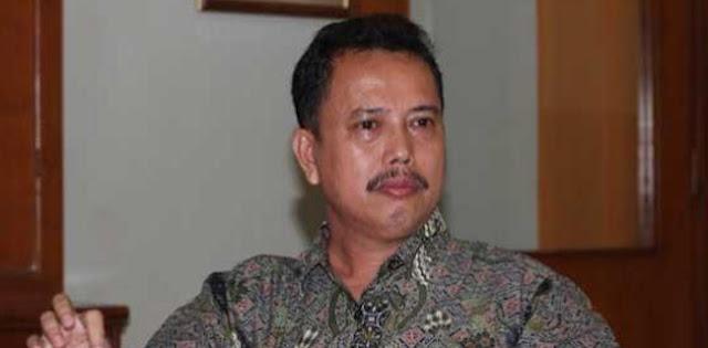 IPW Duga Motif Anggota Polri Serang Novel Baswedan Karena Dendam