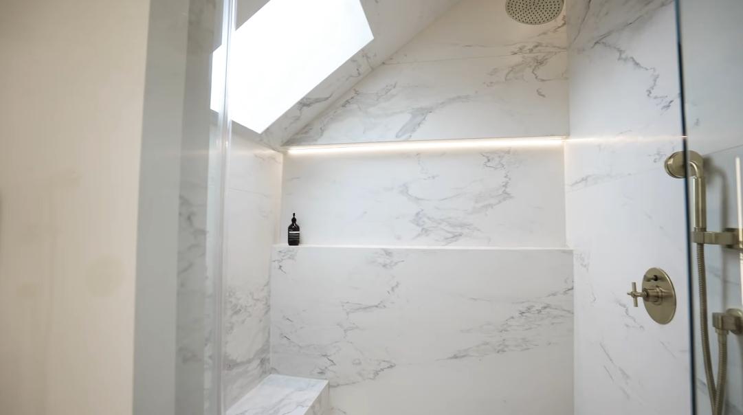 45 Interior Design Photos vs. 17 Boswell Ave, Toronto Luxury Home Tour