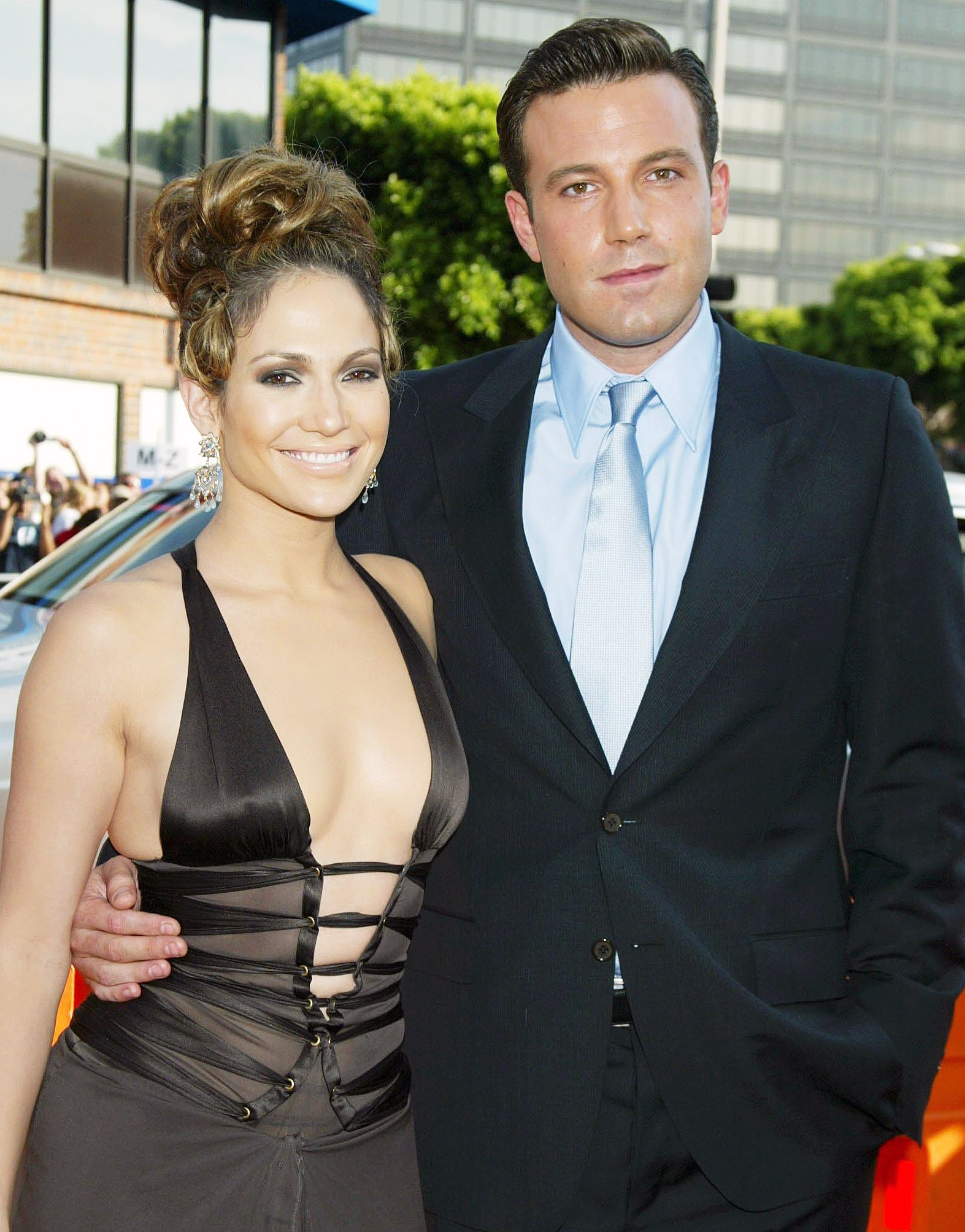Ben Affleck flirts with his ex-fiancée Jennifer Lopez ... know what he said?