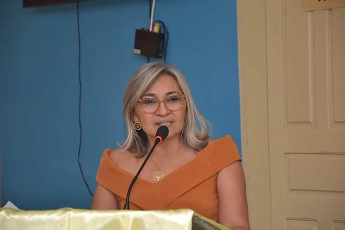 Professora Vanúzia Gonçalves é a nova Secretária Municipal de Educação de Fernando Pedroza