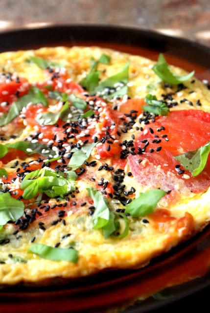 olej z wiesiołka,omlet,jak zrobić omlet,własciwości oleju z wiesiołka,katarzyna franiszyn luciano,z kuchni do kuchni,zdrowe sniadanie, oleje woj len,olej kokosowy,