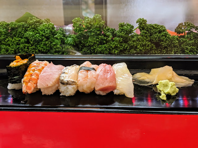 What to eat in Japan: sushi