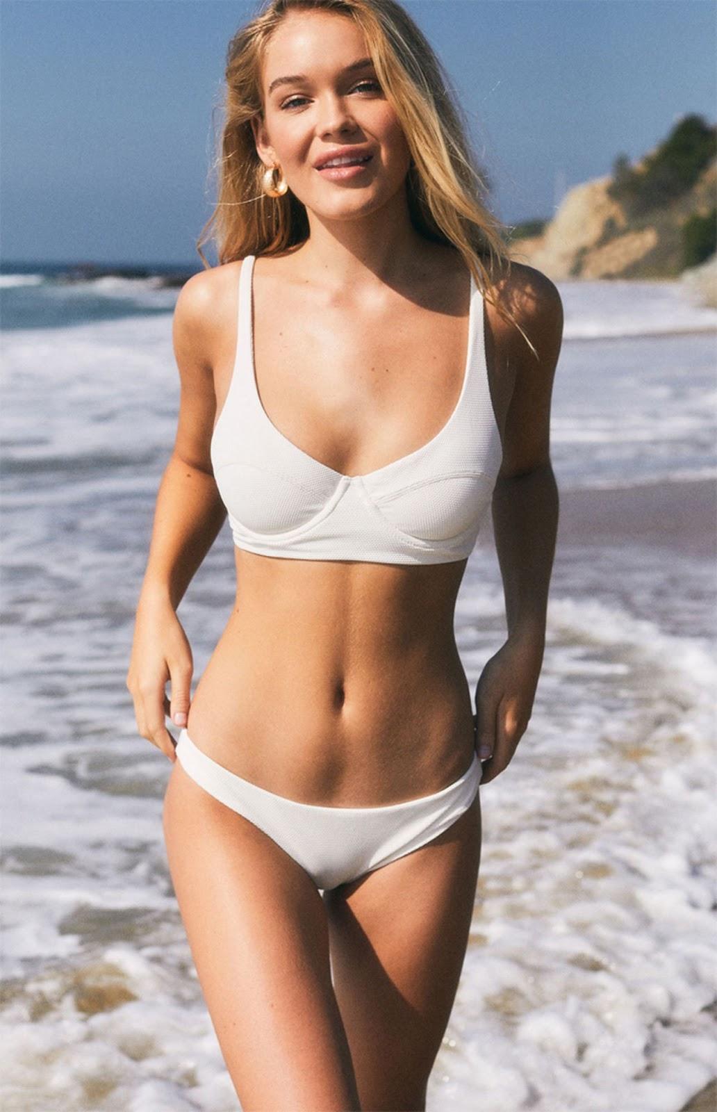 Faith Schroder in Bikini – Modeling Swimsuits January 2019