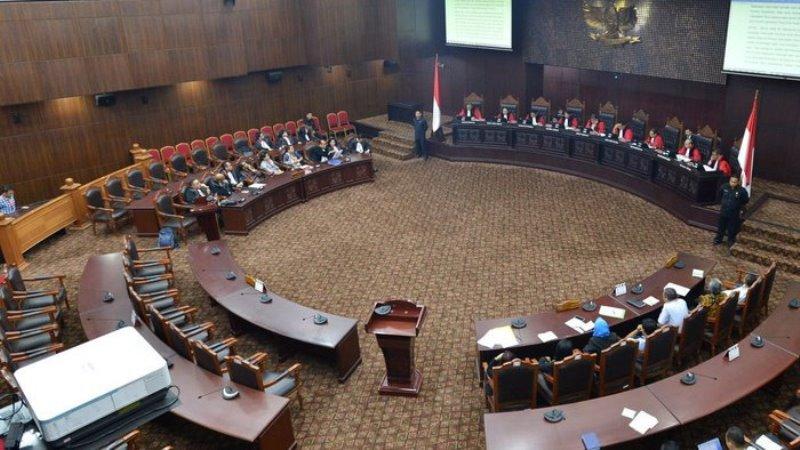 Ketua MK: Sidang Revisi UU KPK, 'Pemohon Mendahului Tuhan Ini'