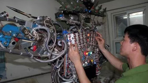 robot Scrapbot