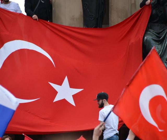 النمسا,قانون,ضد,الأتراك,يدخل,حيز,التنفيذ