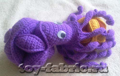 осьминог-пазл крючком
