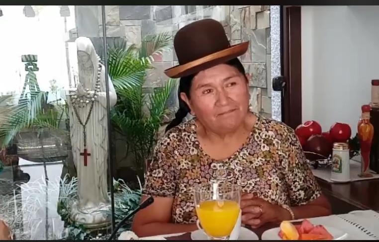 Lidia Catari entrevistada por María Cristina Viscarra en Santa Cruz / RRSS