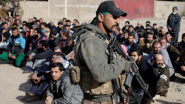 Συρία: 785 ξένοι μαχητές του ΙΚ δραπέτευσαν από στρατόπεδο