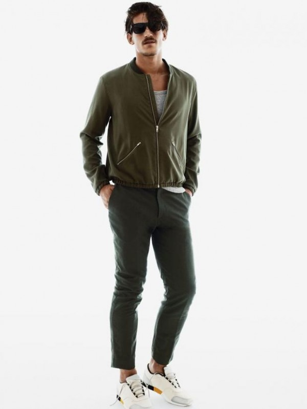 Product Description H2H is a Korean brand designed for men and women offering slim fit style.