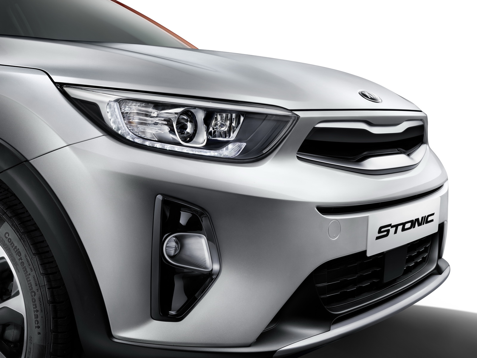 new kia stonic sub compact suv officially unveiled carscoops. Black Bedroom Furniture Sets. Home Design Ideas